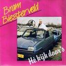 BRAM-BIESTERVELD-HE-KIJK-DAARS